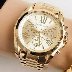 1 LEFT IN STOCK-Michael Kors Gold Tone lady watch